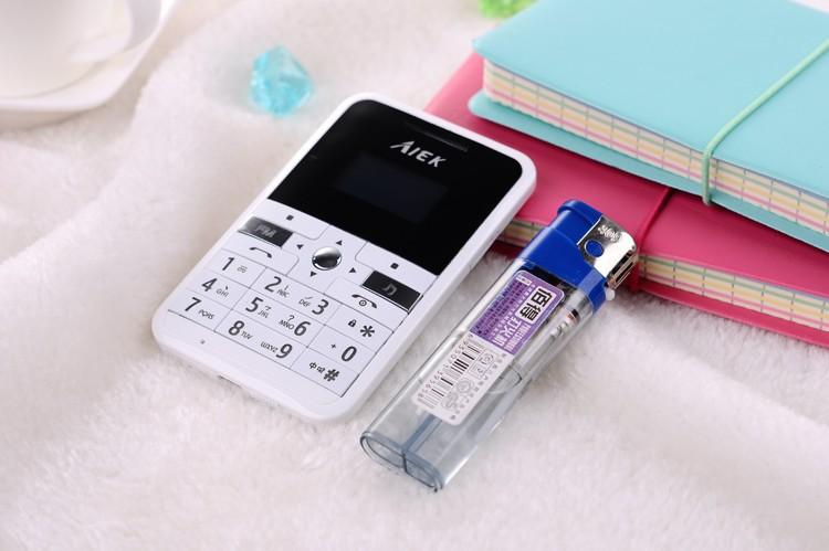 Сотовый телефон кредитка AiekV9